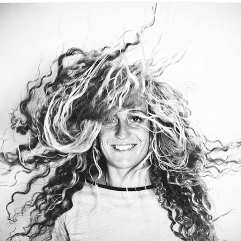 Justine Dupont prosurfer